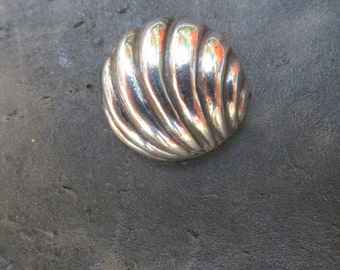 Vintage Sterling Silver Mexico Shell Button