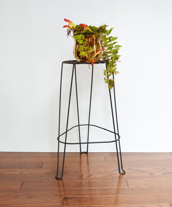 mid century black metal plant stand. Black Bedroom Furniture Sets. Home Design Ideas