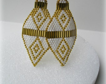 SALE!  Gold & White Native Indian Styled Seed Bead Earrings ( Was 28.00)