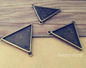 10pcs 25mm x27mm  Antique bronze Double sided triangle Pendant Base
