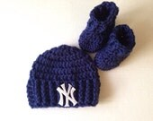 New york yankees hat and bootie set