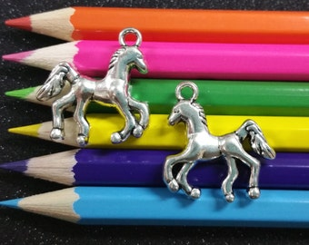 10 PCS - Horse Stallion Western Silver Charm Pendant C0085