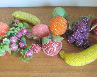 Vintage Beaded and Sequin Kitchen Kitsch Fruit 12 Piece Set