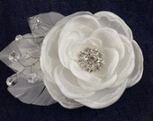 Simple elegance handmade bridal flower, vintage flower fascinator, white flower with crystals, elegant white bridal hair piece