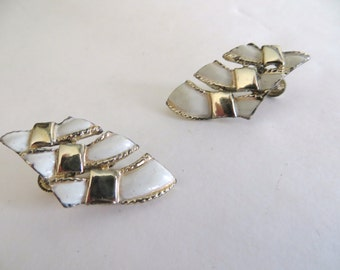 Vintage womens earrings, 70s costume jewelry, womens accessories, white gold enamel, clip on