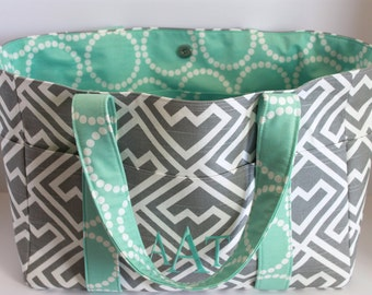 X-LARGE Gray and White Premier Shakes Zigzag Diaper Bag/ Purse/ Tote/ Beach Bag with Mint Green Pearl Bracelet Interior and 10 Pockets