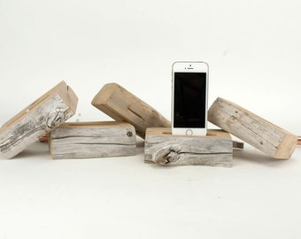 Docking Station / Live Edge