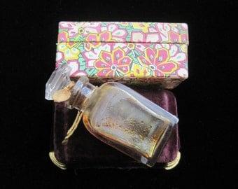 Antique Perfume Bottle Houbigant New York Vintage 1920s Glass Original Cloth Box Vanity Collectible