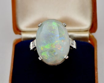 Spectacular retro 12.30 Ct solid opal and diamond huge solitaire ring
