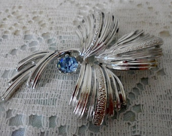 Vintage Jewelry Silver tone palm leaf brooch with Blue Rhinestone Emmons Costume Jewelry 1960's Fashion Fab Collectible Accessory