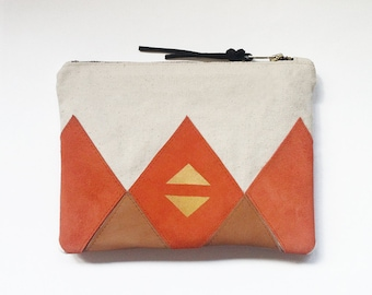 20% DISCOUNT // Zip Clutch // Was 50 Euros Now 40 Euros