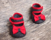 Baby girl felt shoes, Baby bow shoes, baby girl gift, Baby handmade shoes, Made to Order