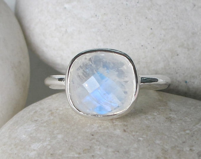 Square Moonstone Ring- Moonstone Cushion Ring- June Birthstone Ring- Jewelry Gifts for Her- Sterling Silver Ring- Minimalist Stack Ring