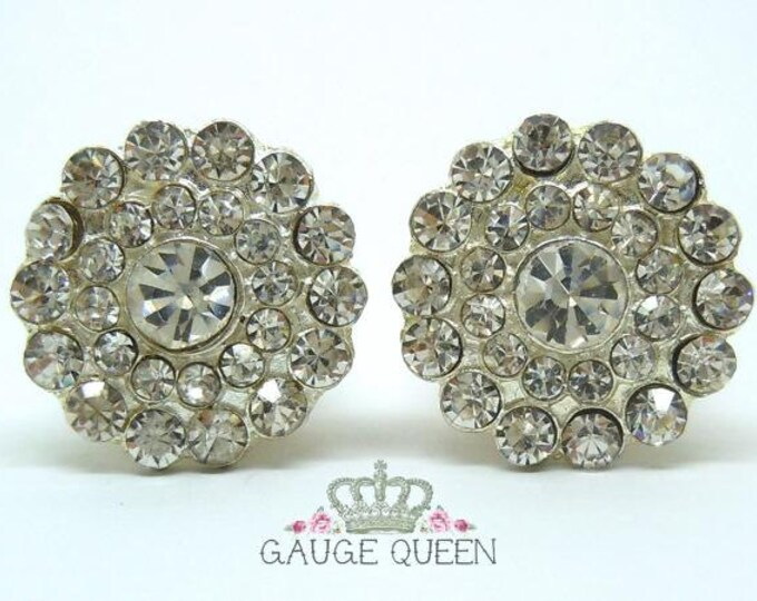 "Silver Crystal Flower Plugs / Gauges. 4g / 5mm, 2g / 6.5mm, 0g / 8mm, 00g / 10mm, 1/2"" / 12.5mm, 9/16"" / 14mm, 5/8"" / 16mm"