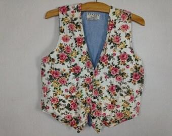floral/denim vest size medium