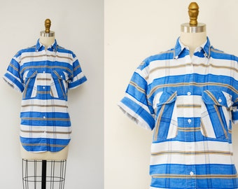 Vintage Western Style Blue and White Striped Button Up Short Sleeve Shirt / Size Medium