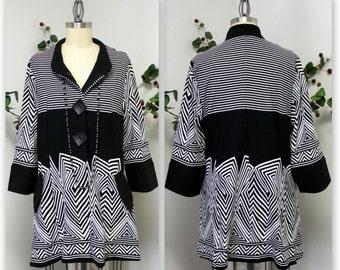 Artsy Textured Jacquard Gorgeous, Artsy, Chic and Dressy Jacket for any season. Medium to 3XL