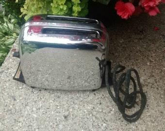 Mid Century Toastmaster Pop Up Toaster