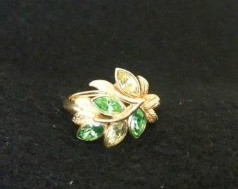 Avon Gold Tone Green Rhinestone  Ring