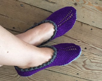 Adult Slippers in sparkly yarn