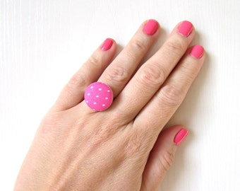 Pink Polka Dot Ring, Fabric Button Ring, Retro Chic Ring, Polka dots Jewelry, Statement Ring, Pink Adjustable Ring, Rockabilly Ring