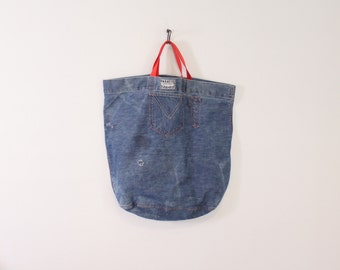 70s Denim TOTE BAG / 1970s Ghettos Jeans Tote with Pockets Oversized Distressed