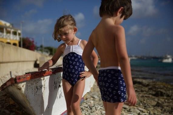 OH BUOY: Boys swim shorts