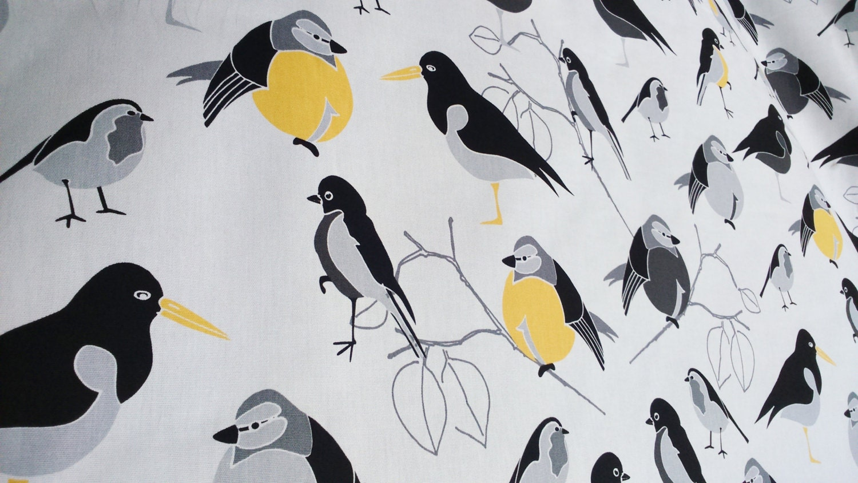 nappe blanc gris jaune noir oiseaux modernes design. Black Bedroom Furniture Sets. Home Design Ideas