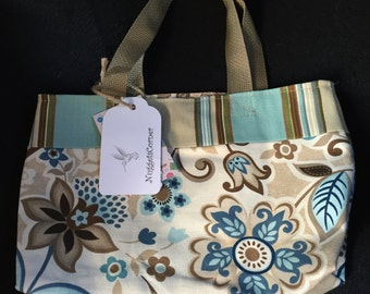 Flower and stripes purse