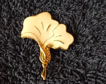 Vintage  Goldtone Enamel  Brooch  Pin CL20-27