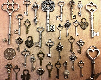 124 New Skeleton Keys Bulk Beads Necklace Charms Wedding Escort Tags Crafts Gift Jewelry Supply Lot Antique Type Necklace Pendant Steampunk