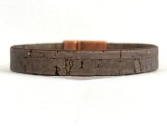 Vegan Bracelet - Dark Brown Cork Bracelet with Magnetic Ridge Clasp (10F-513)