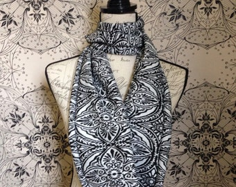 """Womens Black and White Scarf. This Design is Called the """"Hetty"""""""