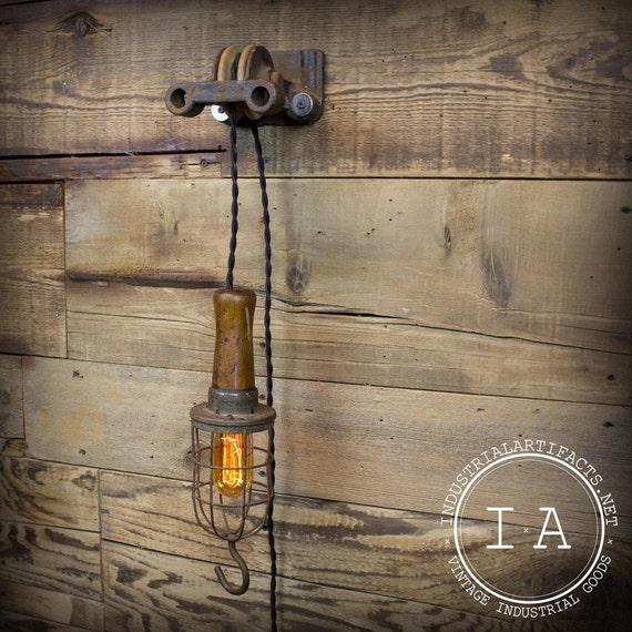 poulie industrielle vintage et mcgill trouble lampe luminaire. Black Bedroom Furniture Sets. Home Design Ideas