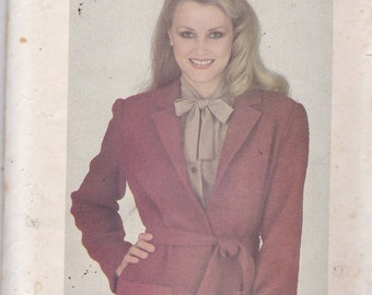 Butterick 3443 Vintage Pattern Womans Loose Fitting Jacket Size 8 - UNCUT