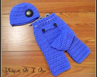 Crochet Baby Bum Flap Pants and matching Beanie Hat/Photo Prop