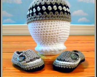 Crochet Diamond Hat and matching Booties/Photo Prop