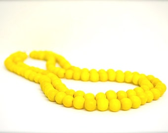 yellow beaded necklace / summer necklace / yellow necklace / yellow wood bead necklace / yellow bridesmaid necklace / yellow beads