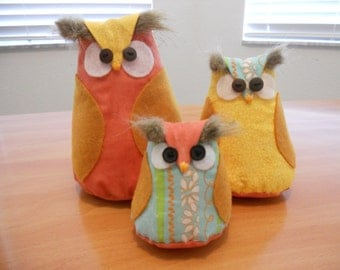 ON SALE, Children's Room Decor, Stuffed Owl Set, Owls, Owl Family Set, Dad, Mom and Baby Owl Set, Owl Decor, Shelf Owls, Fabric Owls