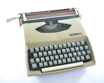 Consul Czechoslovakia Vintage Typewriter, Portable Typewriter, Working Typewriter, Beige Typewriter, Manual Typewriter, Retro Typewriter