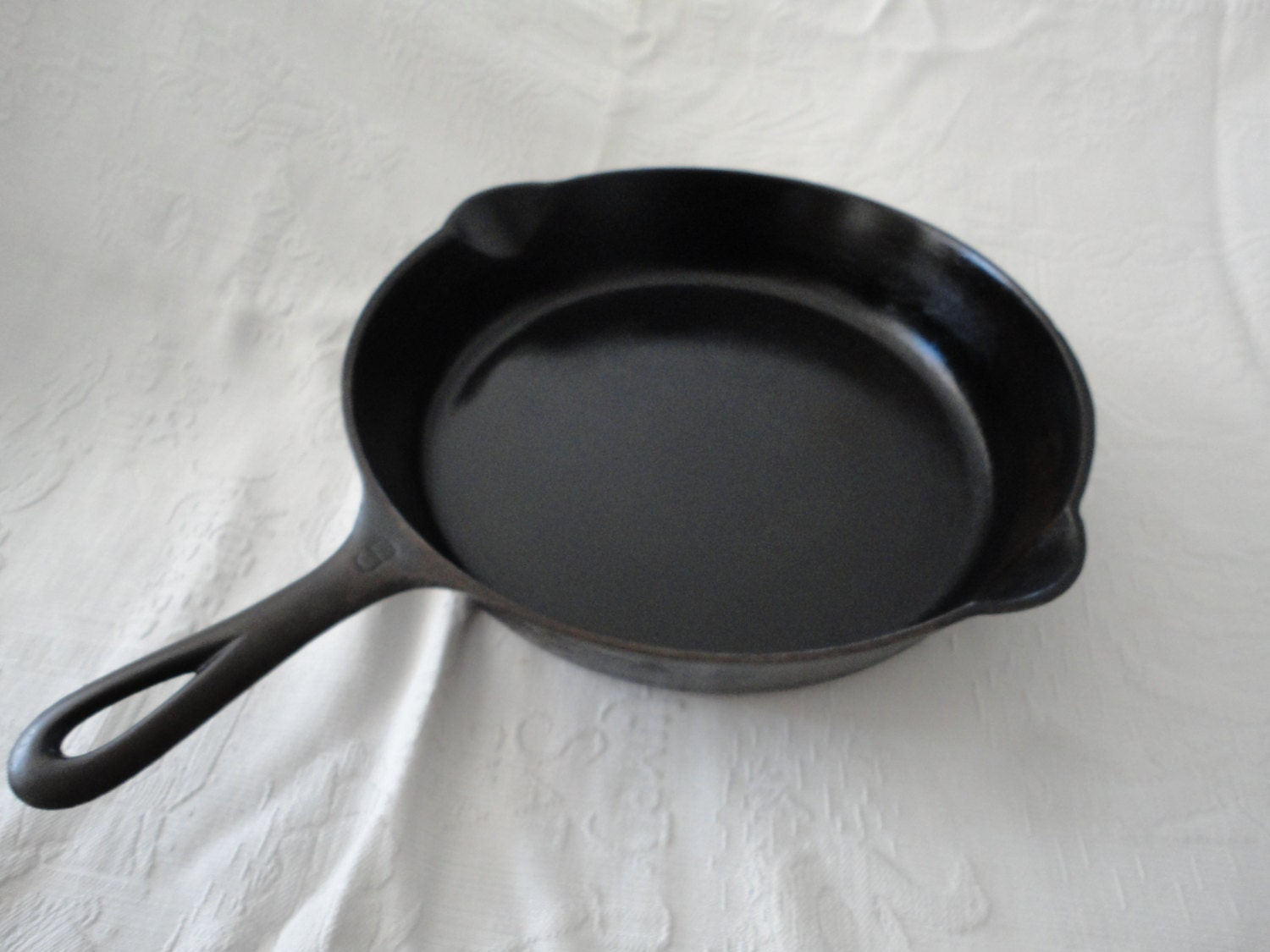 wagner ware cast iron skillet no 6 fry pan by tammysfindings. Black Bedroom Furniture Sets. Home Design Ideas