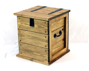 Small Rustic Pine waxed Storage Trunk Chest  Vintage Style Toy Box Blanket Box Ottoman Boot box