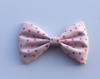 Pink glitter bow