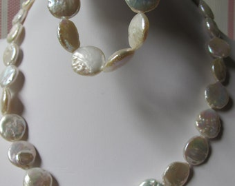 White Coin Pearl Bracelet and Necklace Set B&N10