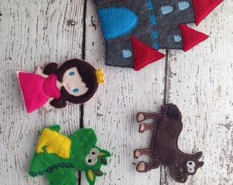 Castle finger puppet playset, Medieval playset, Knight playset, Princess playset
