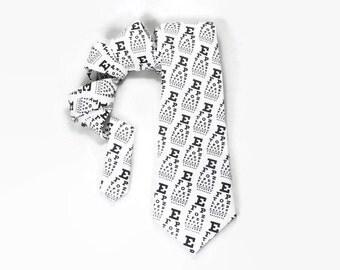 Eye chart necktie, Optometrist tie, Ophthalmologist tie, Snellen Eye Test Chart, Eye doctor accessory, black and white, vision test tie