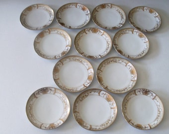 Meito Hand Painted Made In Japan Set Of 12 Gold Encrusted Plates