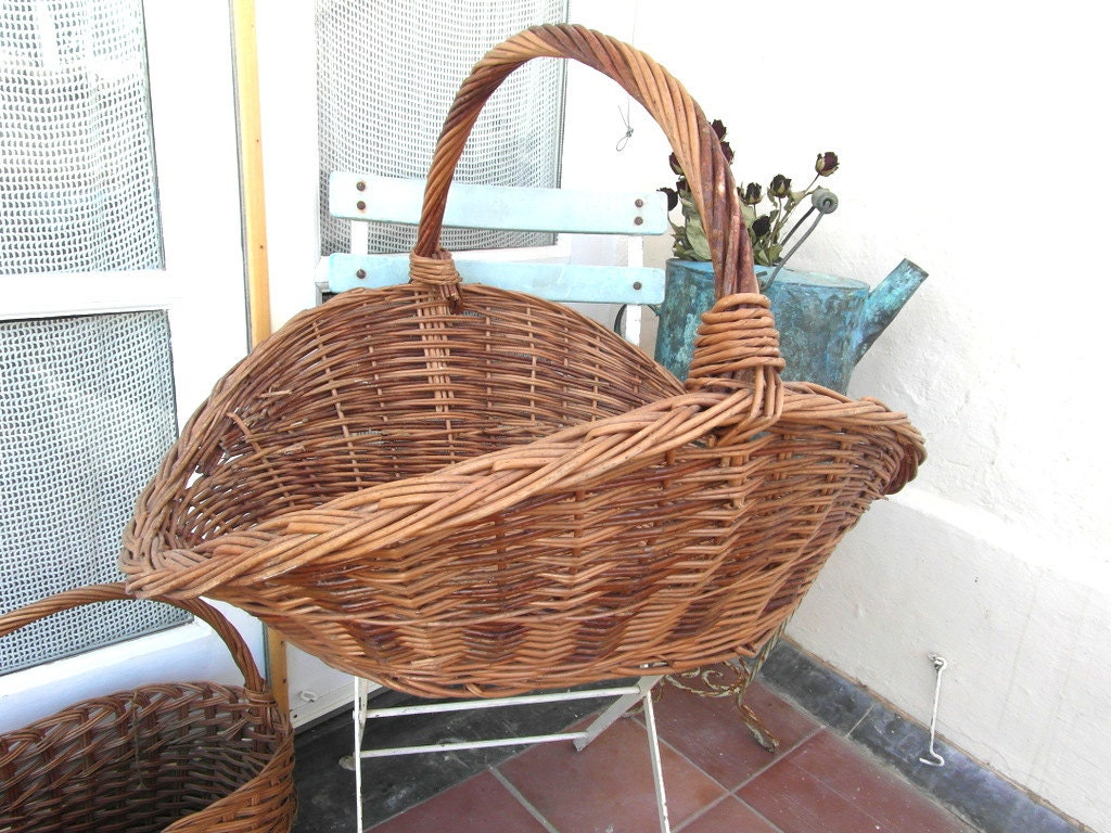very large wicker log basket wicker basket with handle wood. Black Bedroom Furniture Sets. Home Design Ideas