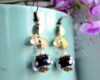 Earrings black pearl orchid leaf