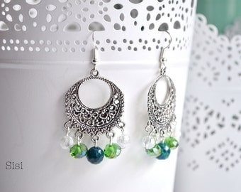 Chandeler earrings green pearl